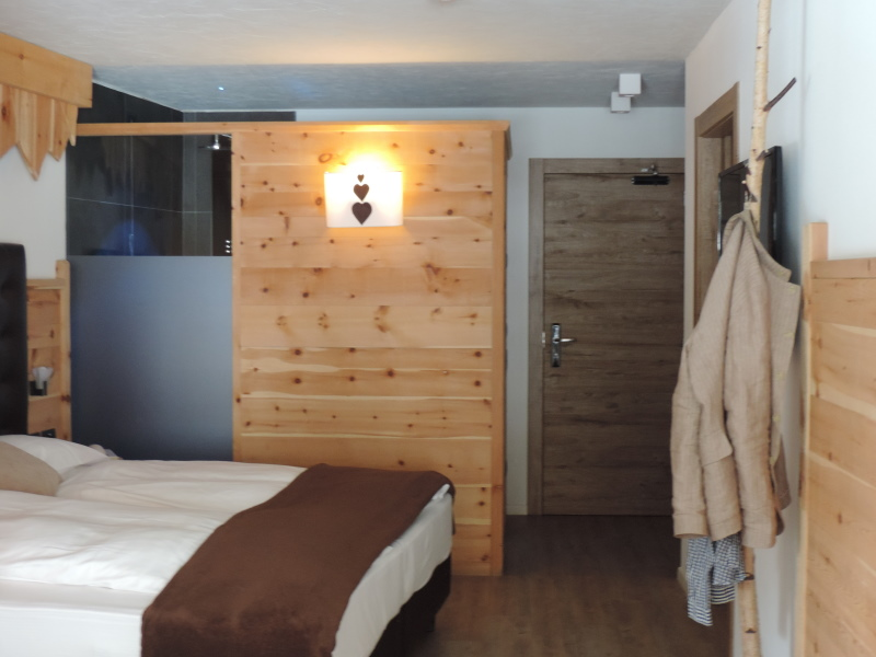 Hotel Scoiattolo Pampeago camera Rododendro comfort 3