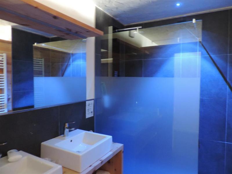 Hotel Scoiattolo camera Negritella bagno